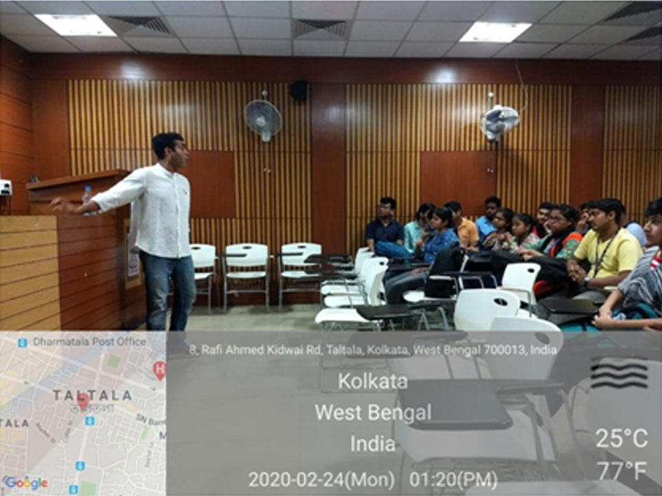 Dr. Rajdeep Chowdhury, Associate Professor, BITS-Pilani, Rajasthan,  interacting with students