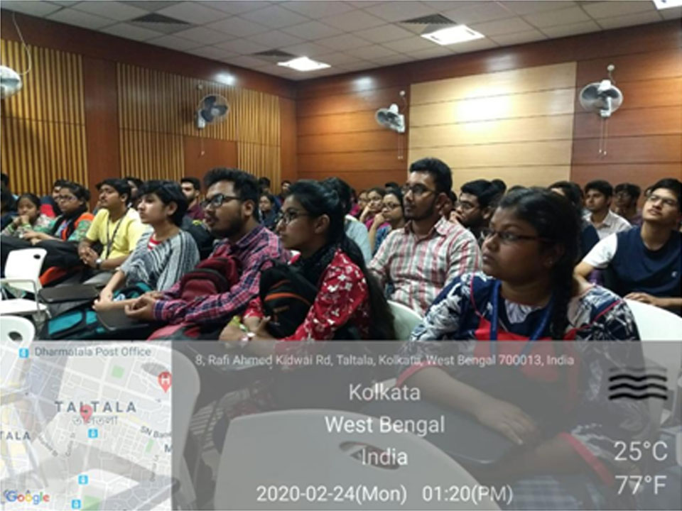 Audience listenting to the Invited Lecture of Dr. Rajdeep Chowdhury
